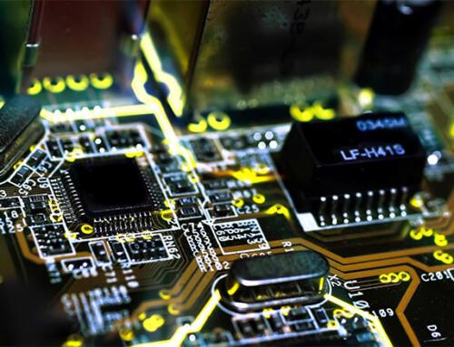 La industria IT oscila entre el aumento de la demanda y la escasez de oferta